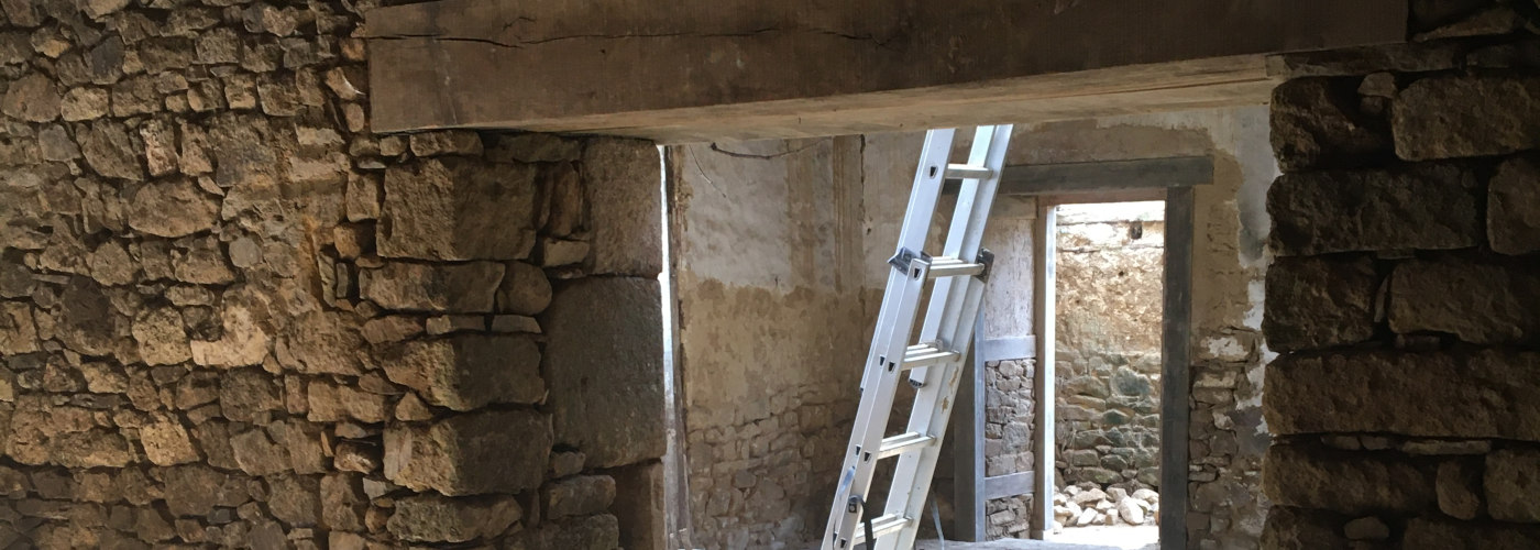 Ouverture en maçonnerie de pierres